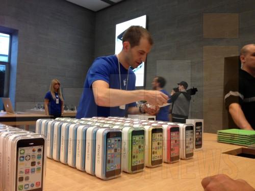 AppleStoreKuDamm-iPhone5S-012