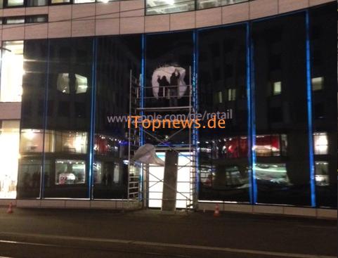 Duesseldorf Apple Store Schriftzug Martina