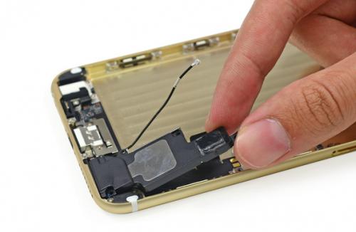 iFixit Teardown iPhone 6 2