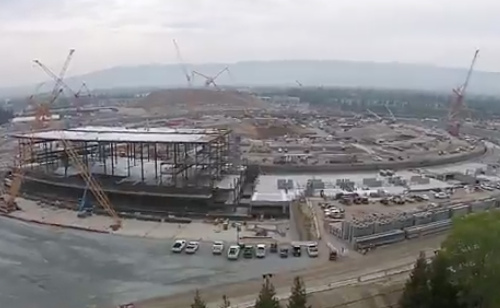 Apple Campus 2 im Maerz 2015