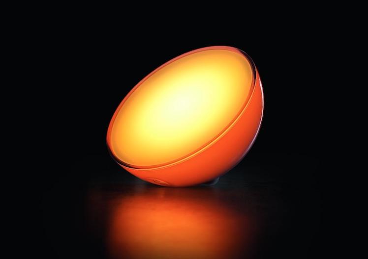 philips hue go mobile bunte lampen heute im angebot. Black Bedroom Furniture Sets. Home Design Ideas