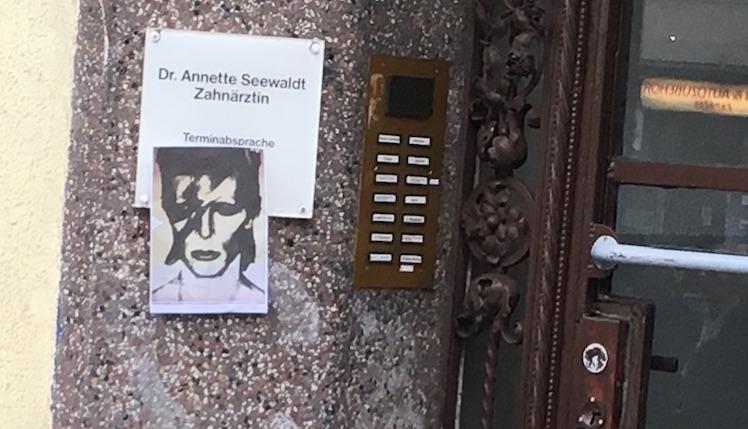 David Bowie Haustuer Berlin