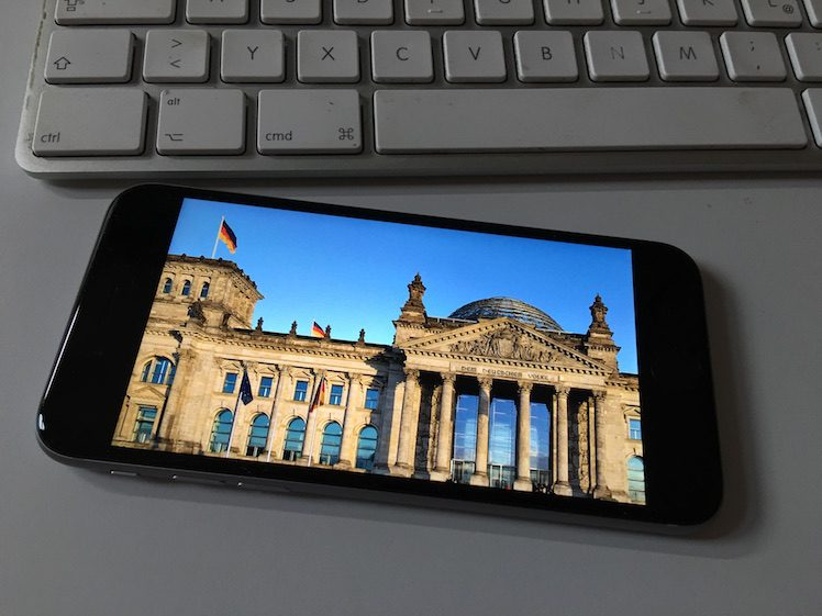 Bundestag iPhone