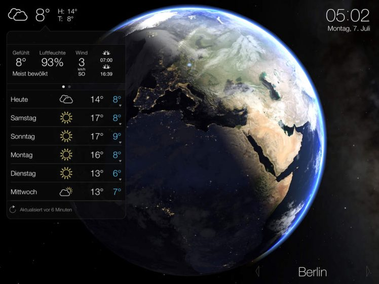 Living Earth Screen