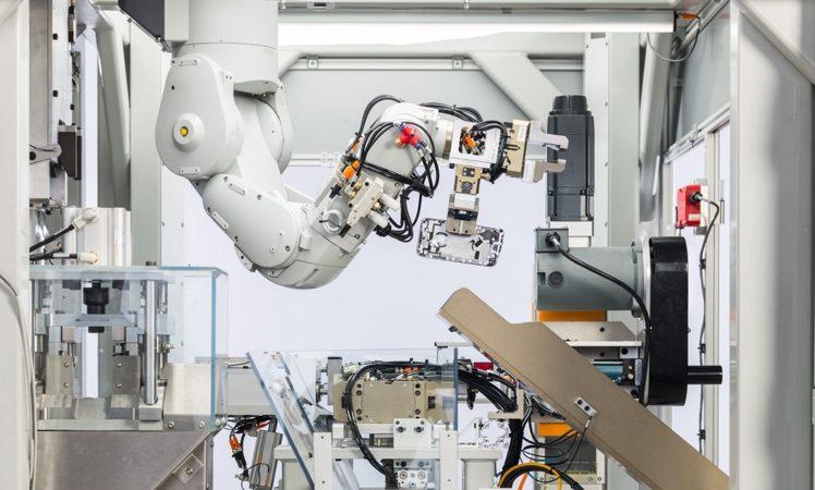 Apple: Neuer Demontage-Roboter, GiveBack und Apple Watch Earth Day-Challenge