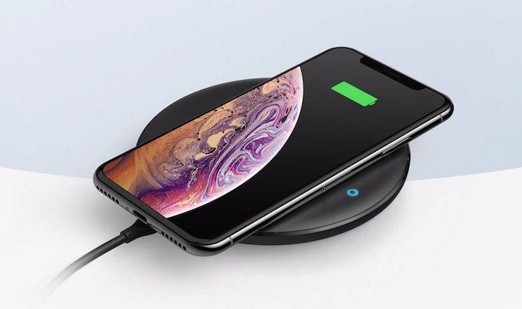 iphone 2019 soll airpods und apple watch kabellos aufladen itopnews. Black Bedroom Furniture Sets. Home Design Ideas