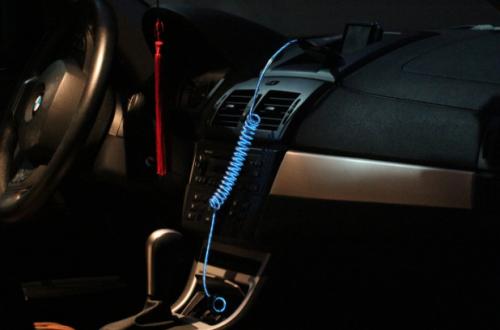El Charger im Auto